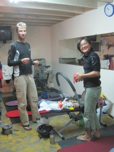 Meeting old friends: with Emilien and Xinhan in the gynamsium dormitory of La Union
